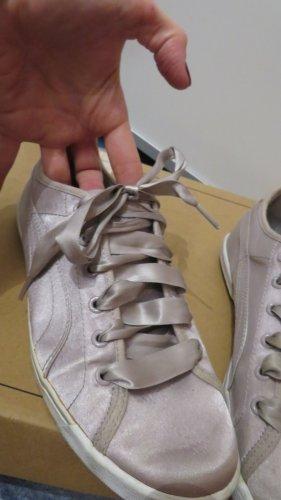 Puma Sneaker in Satin Optik Altrosa