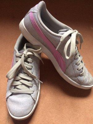 Puma Sneakers Glitzernd/lila Gr. 38,5