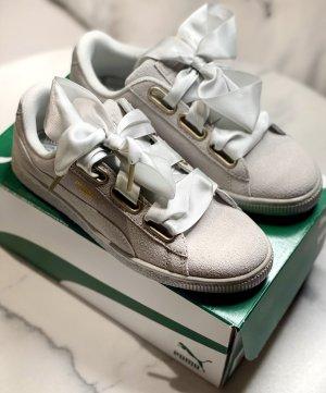 Puma Suede Heart Satin Grau Sneaker