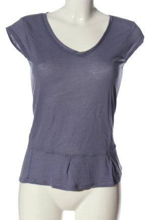 Puma V-Ausschnitt-Shirt lila Casual-Look