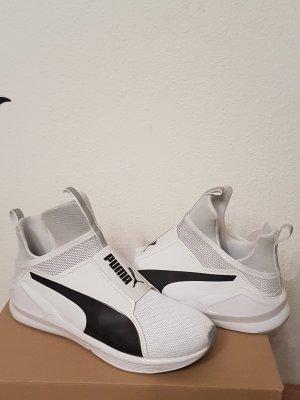 Puma weiß/schwarz Gr 40,5