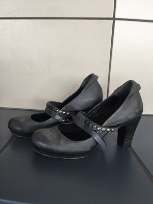 Air Step Platform Pumps grey