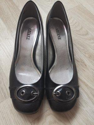 Ariane Classic Court Shoe black