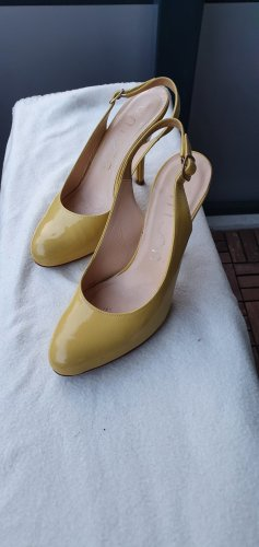 Unisa Strapped pumps primrose leather