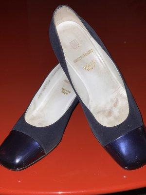 Bruno Magli Classic Court Shoe dark blue