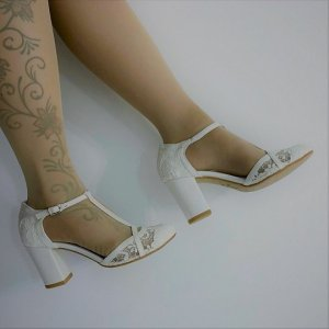 T-Strap Pumps white mixture fibre