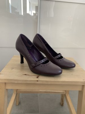 Buffalo Mary Jane Pumps brown violet