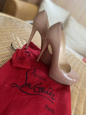 Pumps Christian Louboutin in Nude 35