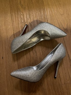 Belle Woman Pointed Toe Pumps silver-colored