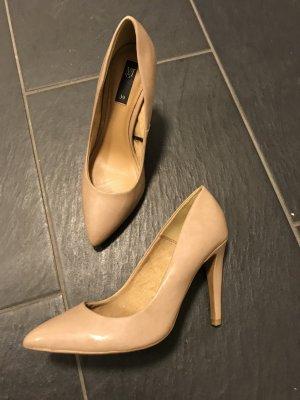Pumps hautfarben beige Lack glänzend Gr 39 Mango Zara H&M