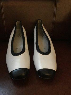 Atelier Creation Chaussures blanc-bleu foncé faux cuir