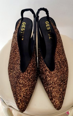 Gestuz Pointed Toe Pumps black-bronze-colored leather