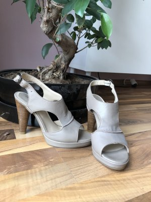 Comma Strapped pumps light grey