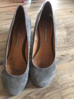 Buffalo London Wedge Pumps grey brown-grey