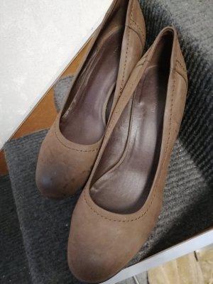 Graceland Zapatos de cuña marrón oscuro