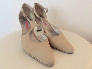 Zapatos de tacón con barra en T beige claro
