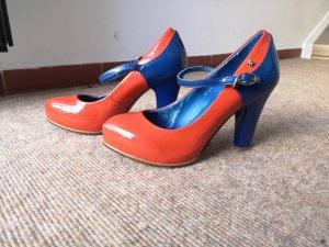 Pumps. Orange, blau