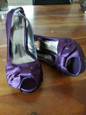 La Strada Peep Toe Pumps dark violet
