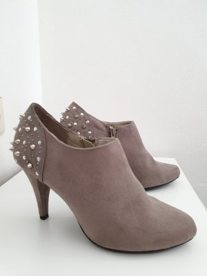 Graceland High-Front Pumps light grey
