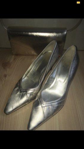 Lavorazione Artigiana Classic Court Shoe gold-colored leather