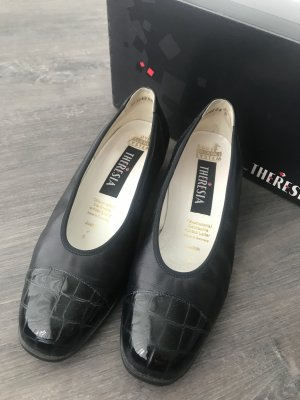 Theresia Loafers donkerblauw Leer