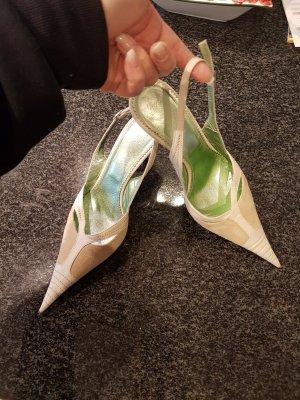 Zapatos de punta crema-blanco puro