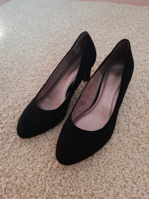 Tamaris Platform Pumps black