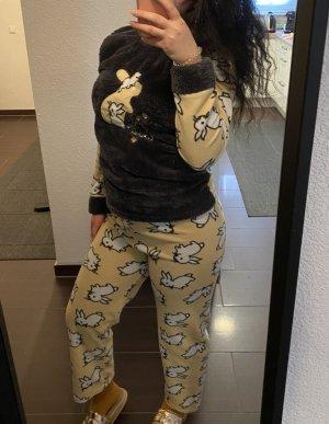 Pyjama mit Hasen