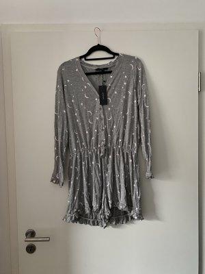 Pyjama mit Sternen und Monden, Schlafanzug, Schlaf-Jumpsuit, Galaxy, Instagram, Trend, Blogger