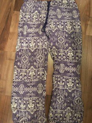 Pyjamahose, lila gemustert, Gr. 44/46, NEU und ungetragen