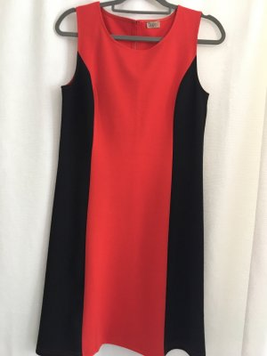 Qiero Damenkleid schwarz-rot Gr 38 Figurbetont