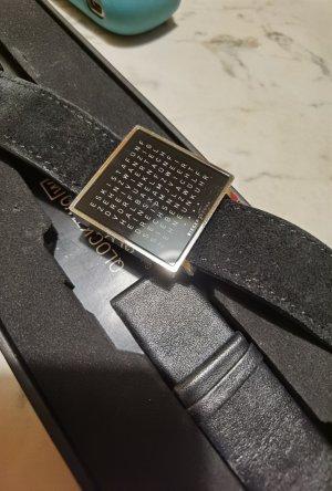 andere Marke Reloj con pulsera de cuero negro-color plata