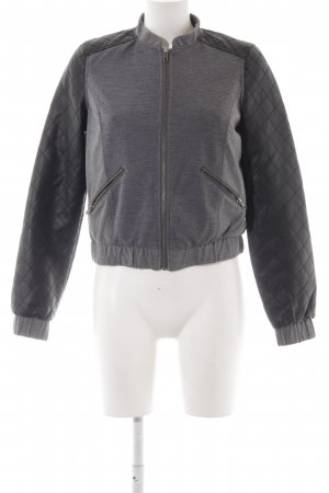 QS by s.Oliver Blouson grau-schwarz Casual-Look
