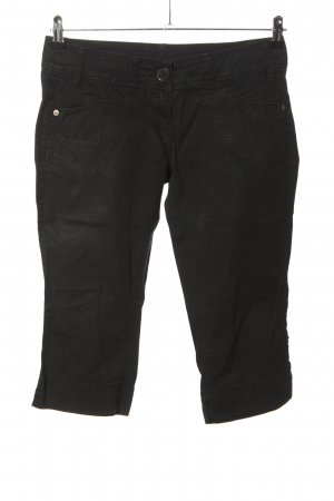 QS by s.Oliver Capris black casual look