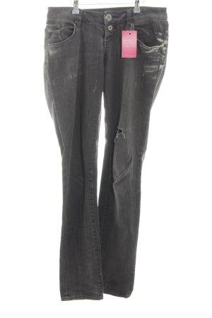 QS by s.Oliver Slim Jeans hellgrau Street-Fashion-Look