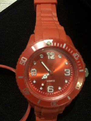 Quartz Self-Winding Watch red