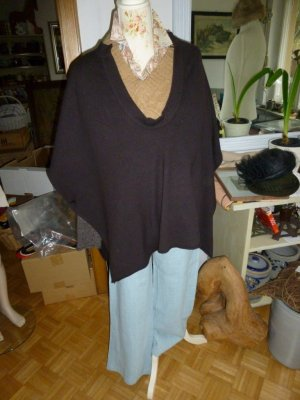 Knitted Poncho dark brown