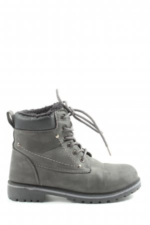 Queentina Botines slouch gris claro look casual