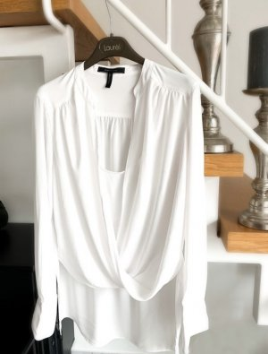 Rabatt! Weiße Bluse — BCBG