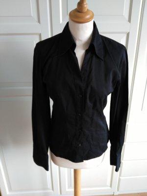 Raffinierte Bluse mit Manschettenknöpfen