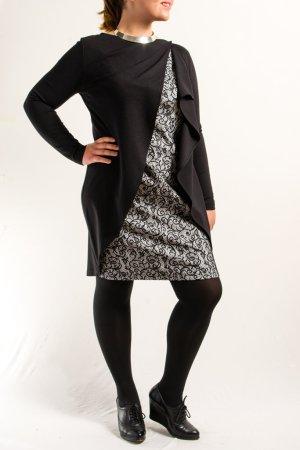 Raffiniertes Jerseykleid in Größe 40