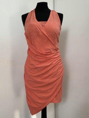Raffiniertes Kleid von S'NOB