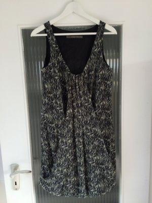 Raffiniertes Sommerkleid von Zara