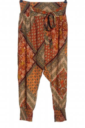 Rainbow Baggy Pants abstract pattern casual look