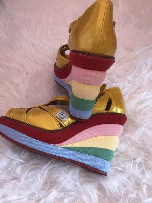 Rainbow- Keilsandaletten