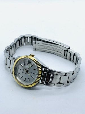 Watch With Metal Strap light grey-gold-colored