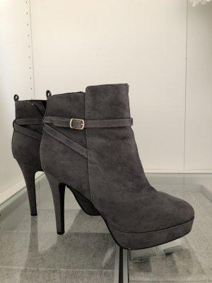H&M Stivaletto con plateau grigio scuro
