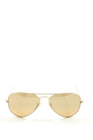 Ray Ban Gafas de piloto color oro look casual
