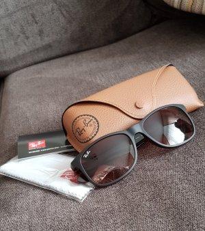 Ray Ban Lunettes de soleil angulaires brun