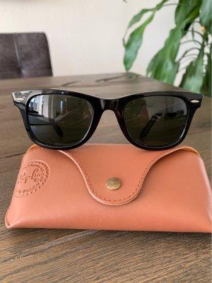 RAY-BAN Wayfarer Sonnenbrille, schwarz!